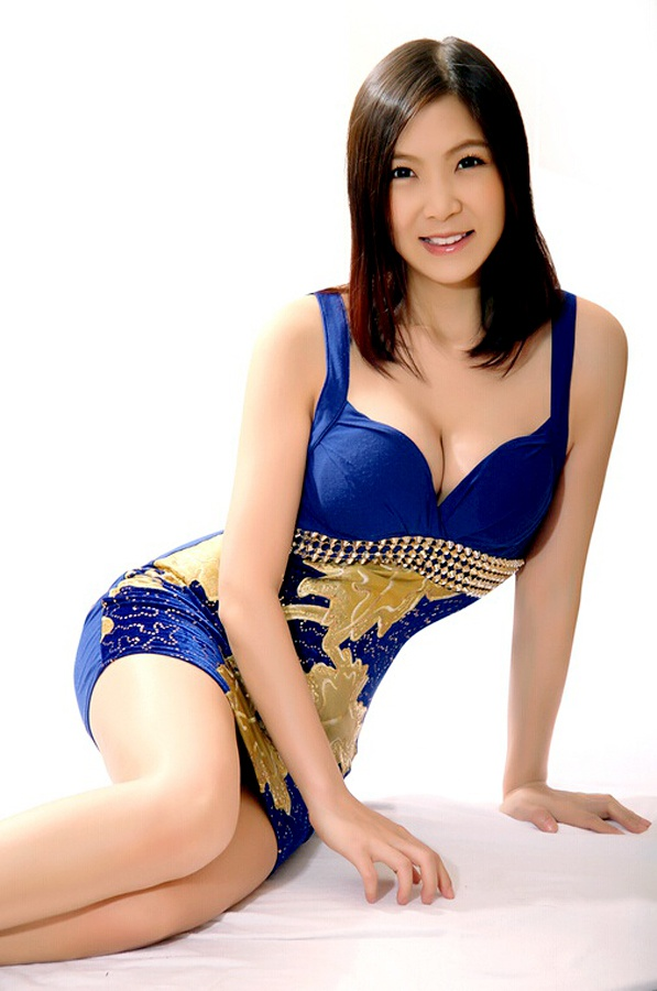 asian singles in sauk city Sauk city, wi stats and demographics for the 53583 zip code zip code 53583 is located in southern wisconsin and covers a slightly less than average land area compared to other zip codes in the united states.